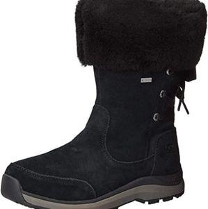 Uggs Ingalls boots size 7 BNWOB